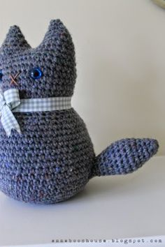Moggy doorstop free amigurumi #crochet pattern from @Annaboo's House