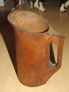 18TH CEN REVOLUTION WAR ERA? CARVED WOOD NOGGIN PITCHER ANTIQUE TREENWARE DECOR    Sold  Ebay  125.00
