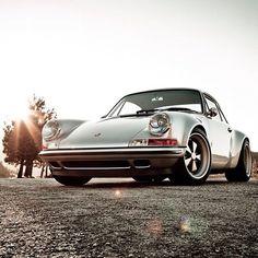 skaistākā vabolīte no septiņdesmitajiem - Porsche 911 //