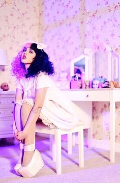 Her and her hair are pure perfection. ❤️ Melanie Martinez.
