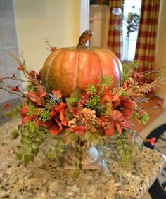 😃😆Looking for DIY inspiration for Cute Thanksgiving decorations? 😃😆Looking for DIY inspiration for Cute Thanksgiving decorations? for Thoughtful tips of Cute Thanksgiving decor Fall Kitchen Decor, Fall Home Decor, Pumpkin Arrangements, Diy Inspiration, Autumn Decorating, Thanksgiving Decorations, Fall Decorations, Thanksgiving Ideas, Autumn Centerpieces