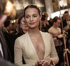Alicia Vikander - Most Beautiful Girls Beautiful Celebrities, Beautiful Actresses, Gorgeous Women, Lara Croft, Alicia Vikander Style, Alicia Vikander Bikini, Alicia Vikander Hair, Michael Fassbender And Alicia Vikander, Swedish Actresses