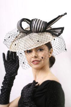 Elegant Veiled Royal ascot fascinator hat, Cream and black Kentucky derby hat, Wedding Hat, Haute Couture veiled fascinator hat #hats #fascinator hat
