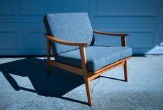 Dallas: Mid Century Lounge Chair $625 - http://furnishlyst.com/listings/310676