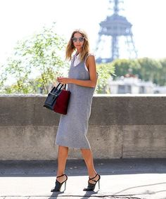 80 French Style Lessons To Learn Now #refinery29  http://www.refinery29.com/2014/10/75565/paris-street-style-photos-fashion-week-2014