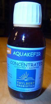 Aquakefir Concentrated 100 ml (waterkefir concentraat, zonder suiker!) Goed voor: 1 l. waterkefir, of, i.c.m. meerdere liters vruchtensap. Met dit concentraat van het kwaliteitslabel Demeter en Biogarantie, kunt u uw eigen waterkefirdrank aanlengen in een verhouding van 1 deel concentraat op 10 delen water. € 6,75-
