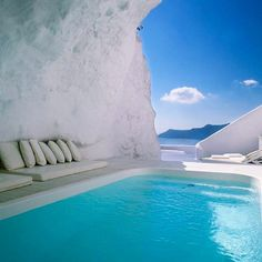 So perfect !! Does anyone know where this is ?? Comment below! I'm going to Greece in a few months and would LOVE to visit !! www.kaylaitsines.com/app