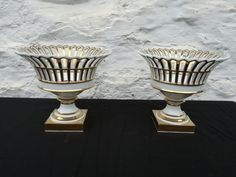 Paire of openwork cups made of porcelain of Paris - Restauration period - France…