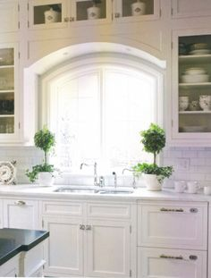 love this - maybe with farmhouse sink?