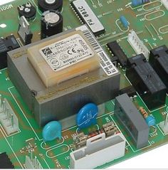 Falla la electrónica de tu caldera de gas #calderadegas  #reparacióndecalderas http://www.calderasdegasenmadrid.com/falla-la-electronica-de-tu-caldera-de-gas/