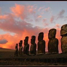 Easter Island, Chile - so mysterious...