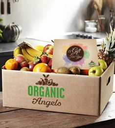 New fruit box photography Ideas Veggie Box, Fruit And Vegetable Storage, Vegetable Boxes, Vegetable Shop, Vegetable Packaging, Fruit Packaging, Food Packaging Design, Fruit Box, New Fruit