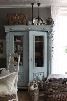 Shabby Chic LOVE this piece of furniture!