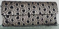Carteira nellfernandes em renda francesa preta sobre seda francesa - tamanho: 27 x 12 - VENDIDA