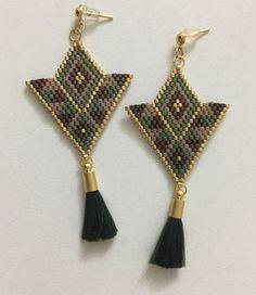 Yeeepyeni model için bize ulaşın 🙏 😍💌 size uygun renk ve desende dizayn edilip uygulanır👍 #miyuki #miyukiküpe #miyukijewelry #handmade #küpe #miyukitakı #miyukitasarım