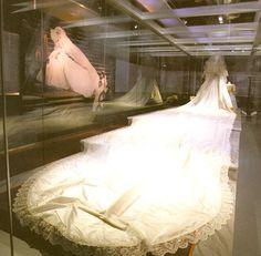 The Royal Order of Sartorial Splendor: Top 10 Best Royal Wedding Dresses: #7. Diana, Princess of Wales