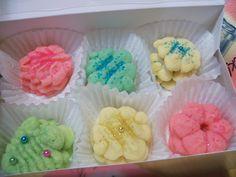 pretty colored spritz cookies
