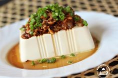 Earlier I have problem to remove a perfect tofu from the box. After I learnt a new way, I am glad to see the tofu perfectly removed from t...
