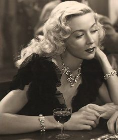 IT'S A WONDERFUL LIFE (1946) - Gloria Grahame - Publicity Still.