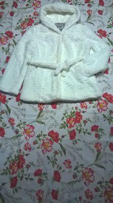 Umeri: 46 cm Bust: 94 cm Talie: Maneca: ex. 49 cm Lungime: 73 cm Material: ex. Hoodies, Sweaters, Fashion, Moda, Sweatshirts, Fashion Styles, Sweater, Hoodie, Fashion Illustrations
