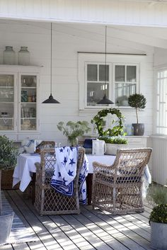 Porch Dining Whitewashed Cottage chippy shabby chic french country rustic swedish decor idea