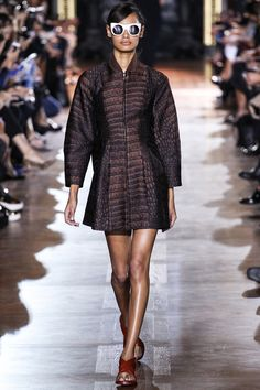 Stella McCartney Spring 2014 RTW - Runway Photos - Fashion Week - Runway, Fashion Shows and Collections - Vogue