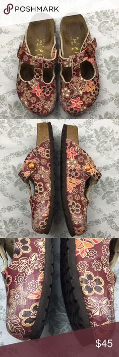 Papillio  Birkenstock clogs floral sz 7 Barely used. Has mark on nose of shoes. Birkenstock Shoes Mules & Clogs