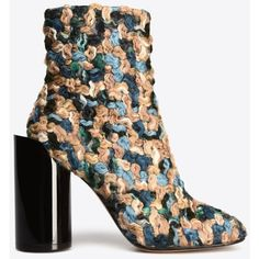 Maison Margiela 22 Ankle Boots (¥75,615) ❤ liked on Polyvore featuring shoes, boots, ankle booties, slate blue, high heel boots, zipper boots, high heel booties, blue bootie and round toe boots