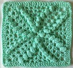 Beautiful Bobbles Dishcloth: free crochet pattern