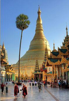 shwagadon pagoda burma