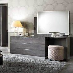 Platinum - Modern Italian Large Dressing Table with Stool by Camel Group Italy Platinum Dressing Tab Dressing Table Modern, Dressing Table Design, Dressing Table With Stool, Bedroom Dressing Table, Bedroom Furniture Design, Home Decor Furniture, Bedroom Decor, Furniture Movers, Bedrooms