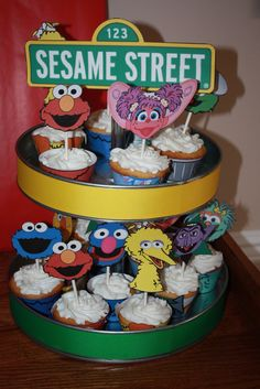 Cupcakes at a Sesame Street Party #sesamestreet #partycupcakes