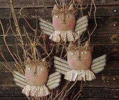 Primitive Christmas Angel Cat Ornie PATTERN by rockriverstitches Primitive Patterns, Primitive Folk Art, Primitive Crafts, Primitive Stitchery, Country Primitive, Pattern Art, Pattern Paper, Art Patterns, Animal Patterns