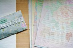 ¿Os acordáis de las cartas de olor? Cuántos secretitos escribíamos! ¿Tenéis aún alguna guardada?