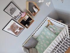 spjälsäng i sovrum - Sök på Google