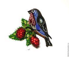 """Купить Брошь """"Малинки"""" - бисер, птичка, малинки, малина, ягоды, брошь, брошка, Вышивка бисером"""