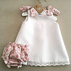 Diy Crafts - Inspiration For The Oliver + S Building - maallure Baby Girl Dress Patterns, Baby Dress Design, Baby Clothes Patterns, Baby Girl Dresses, Little Girl Outfits, Toddler Girl Outfits, Toddler Dress, Kids Outfits, Sewing Baby Clothes