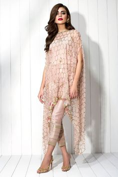 Indian net embroidered top featuring kamdani work all over. Pearls and stone work along the neckline and embroidery on the hem adds to the detail. Pakistani Dress Design, Pakistani Dresses, Indian Dresses, Indian Outfits, Indian Designer Outfits, Designer Dresses, Stylish Dresses, Fashion Dresses, Fashion 2018