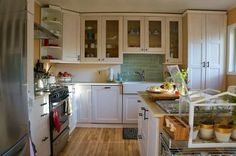 Before & After: Rachel's DIY Kitchen Renovation for $10,000
