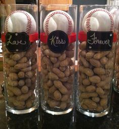 A baseball theme decoration I made for my friendu0027s wedding shower. & Baseball season is upon us! Simple centerpiece for sports-themed ...