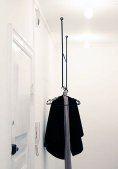 New Apartment: Hallway & stuff Clothes Rail, Hanging Clothes, Bungalow 5, House Rooms, Flat Design, Scandinavian Style, Interior Inspiration, Dressing, House Styles