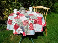 High Quality Blueberry Patch: Stash Buster Quilted Round Table Cover And A Tutorial!