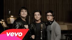 Il Volo – 'O Sole Mio Il Volo (English: The Flight) is an Italian operatic pop trio, consisting of singers: tenors Piero Barone and Ignazio Boschetto, and baritone Gianluca Ginoble. The three pop-opera singers started their career in 2009, when they met on the second edition of the Italian RAI TV music competition show Ti …