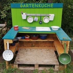 Diy For Kids, Crafts For Kids, Toy Garage, Mud Kitchen, Maila, Garden Projects, Woodworking Plans, Kids Toys, Activities For Kids