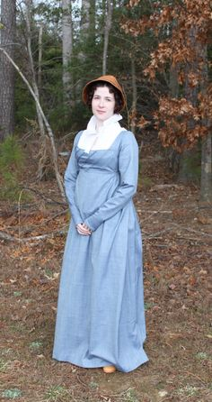 A journal following the process of making historic reproduction clothing and other unusual projects.
