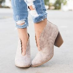 Fashion Casual With Wooden And Suede Boots - Mixed Shop Sock Shoes, Cute Shoes, Me Too Shoes, High Heel Boots, Shoe Boots, Bride Boots, Fashion Heels, Chunky Heels, Ankle Booties
