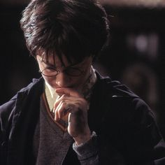 """""""I learned from Robbie. Maggie was very, very good for me.... Alan Rickman, at that point, really scared me. And, of course, there was Richard Harris, who I got on with very, very well and who took a real shine to me."""" - Daniel Radcliffe on learning acting from his elders #HarryPotter #DanielRadcliffe"""