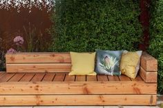 Amazing benches to decorate your garden 4