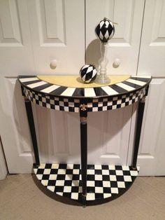 Hand Painted Black and White Checked Half Round Table - Green Gold - Buttercream Gold