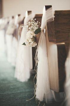 housse de chaise mariage pas cher en voilage blanc et fleurs